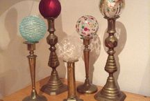Christmas baubles / Mounted in candlesticks, done in a jiffy!