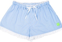 Chic Chicks / Cool and classic all at once. You'll be lying in the lap of luxury with these 100% cotton boxer shorts, sleep shorts and pyjama pants, complete with an elasticised waist, drawstring and smartly lined back pocket.