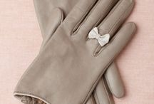 Gloves / by Ana Garcia