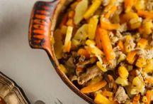 Uunissa valmistuvat mausteiset pataruoat ja klassiset laatikot / Uunissa hiljalleen kypsentäminen on vaivaton tapa valmistaa herkullista ruokaa. Kypsymisen ajan voi vaikka ulkoilla tai tehdä muuta mukavaa.