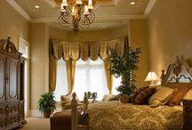 Master bedroom / by Deborah Pietrangelo Artist