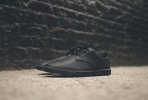Urban Shoes / Des pompes rien que des pompes! / by Mao FANOU