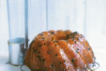 beautiful bundt cakes / Smooth round curves and delicate arches, bundt cakes are so easy to make, as well as impressive!