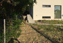 die Verwandlung (transformation) Eingangsbereich / In nur 3 Wochen ist aus der Baustelle ein Garten geworden - in so ein zu Hause kommt man gerne! Herzlich willkommen im neuen Garten!