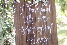 Esküvői útbaigazító táblák
