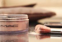 Beauty:::Products  / by Deanna Agnos