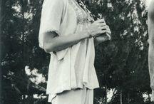 Nora Miao (苗可秀)