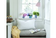 home: breakfast nook / by Stephanie Miles