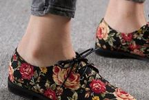 Floral oxford shoes