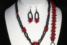 My jewelry designs / Pieces made by Traci Otte (Creative Pursuits, LLC).  Some are one-off pieces, but the rest have tutorials and/or kits so you can make them yourself!  Click through for more information.