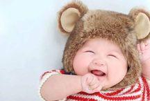 Bebek Resimleri / En güzel, sevimli, komik, eğlenceli, tatlı bebek resimleri. Erkek ve Kız bebek fotoğrafları bölümümüzde her gün güncellenenen bebek resimlerini bulabilirsiniz...