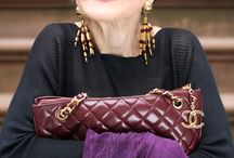 Beauty in women of a certain age / Beauty has no age limit