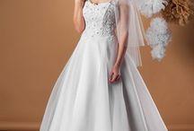 Suknia ślubna Adel / Zmysłowa sukienka księżniczka. Piękny zdobiony gorset z delikatną spódnicą tworzą idealnie zgrany duet.