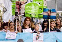 Foto tomada de la marcha en plaza Congreso de NI UNA MENOS el 3 de junio de 2015 por Fabián Romano