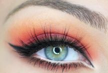 Makeup / by Carla García