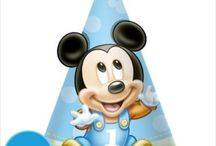 Mickey Mouse 1st Birthday Party Ideas, Decorations, and Supplies / Disney's Mickey Mouse