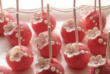 Bolos e docinhos decorados