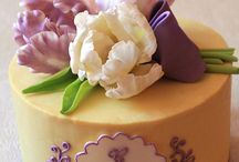 flower cake / by Fion Say