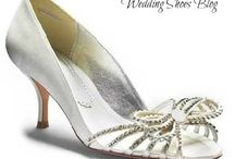 Low Heel Wedding Shoes / Be glammed with low heel wedding shoes collection