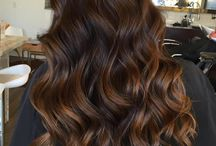 Mechas de color caramelo