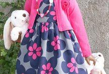 Angela Sutter - Ruby met 2 konijntjes
