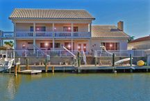 Waterfront Homes, Best Beach Living / Where the estate buyer can find a distinguished waterfront home, canal front, vacation homes/condos, & open lots to build in Rockport, TX!