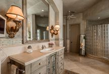 Master Bathrooms / Because we all love a stunning master bathroom..