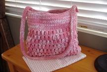 Handbags/Totes