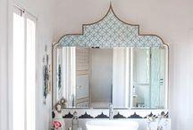 Blue French/oriental style decoration / By Marais Décoration Paris.