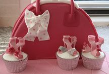 girls bags cakes