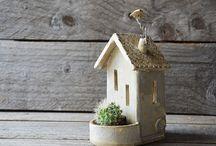 Házak mini növényekkel