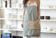 Apron for work ♡ / Working without an apron in the bindery? That's a no go. It's like driving around with no seat belts on.