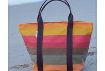 DIY bags - Doe het zelf taspatroon - Doe het zelf hangstoel / Maak zelf je tas met een kleurmeester Doe-Het-Zelf tassen pakket in verschillende maten; strandtas en canvas shopper. DIY canvas bags. Available in 2 sizes and 2 models; beach bag and canvas shopper.