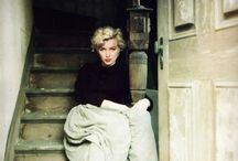 Marilyn Monroe… not usually my kind of beauty, but I think this is a beautiful photograph.