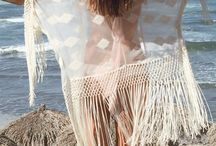 Style on the beach / Sunny, Sandy, Sea