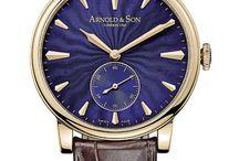 Azul é o Novo Preto / Confira nossa seleção de relógios na cor azul.