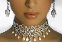 Jewellry / by Sukhi Grewal