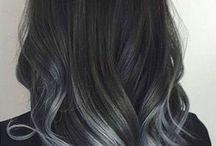hiuksia