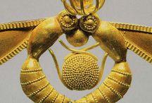 ΜΙΝΩΪΚΗ ΤΕΧΝΗ..ΚΟΣΜΗΜΑΤΑ...Minoan Jewelry / Minoan TECHNI..KOSMIMATA ..και Σφραγιδόλιθοι.... ancient jewelry