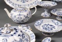 kobaltowe wzory na porcelanie