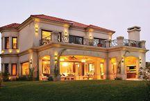Dacious Houses