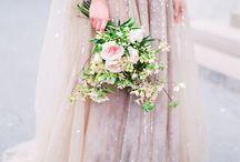 Wedding dress details & decor
