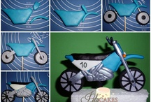 Motorcycle Cookies / by Peggy Jones Para