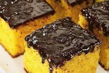 Bolos, tortas, biscoitos e smores / by Monica Mariani