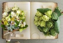 Bouquet Ideas / by Kristin Crawford