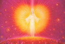 Engelen Orakel / Hier vind u een schat aan liefde kennis en inzichten van de engelen die u ten alle tijden bijstaan wie of waar u ook mag zijn.