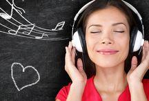 Headphones and Earphones / Cool headphones and earphones styles. We supply promotional earphones and branded headphones in South Africa.
