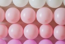 Balloon Backdrops / Balloon backdrops (or balloon walls) of all colors, shapes and sizes! Use them to add an extra touch to your birthday party, wedding reception, corporate event or photo shoot.
