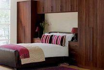 dormitorios rojo y violeta