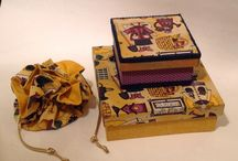 Caixas, presentes, aromas e enfeites